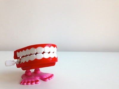 「歯周病菌 口の中 戦う」の画像検索結果